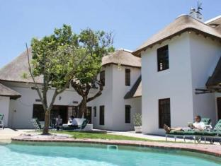 WedgeView Country House & Spa Stellenbosch - Swimming Pool