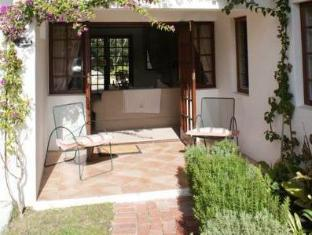 WedgeView Country House & Spa סטלנבוש - מרפסת