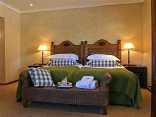 Alluvia Specialist Winery Guest House Stellenbosch - Hutton - Superior Suite