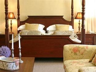 Alluvia Specialist Winery Guest House Stellenbosch - Honeymoon Suite Interior