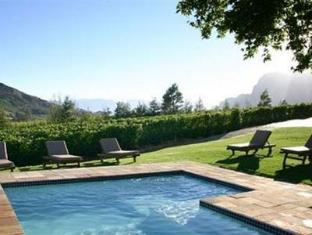Alluvia Specialist Winery Guest House Stellenbosch - Pool