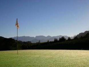 Alluvia Specialist Winery Guest House Stellenbosch - Golf