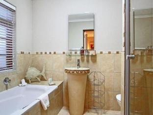 Apple Tree Guest House Stellenbosch - Bathroom
