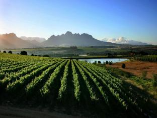 Asara Wine Estate and Hotel Stellenbosch - Ympäristö