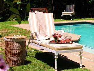 โรงแรมโอ๊ควิลเล็จ บีแอนด์บี สเตลเลนบอสช์ - สระว่ายน้ำ
