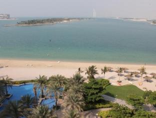 Royal Club Palm Jumeirah Managed by B&G Hotels & Resorts Dubai - View