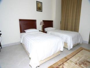 All Seasons Hotel Apartments Dubai - Guest Room