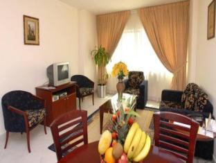 All Seasons Hotel Apartments Dubai - Suite Room