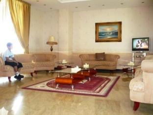 All Seasons Hotel Apartments Dubai - Lobby