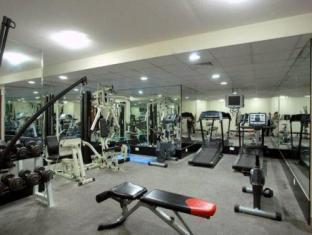 All Seasons Hotel Apartments Dubai - Fitness Room