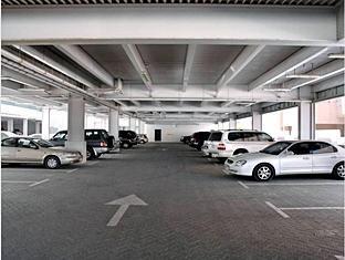 All Seasons Hotel Apartments Dubai - Car Park