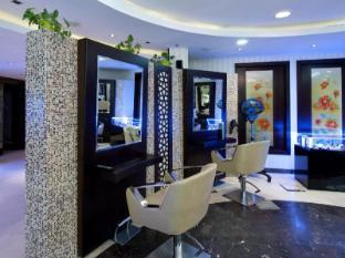 TIME Oak Hotel & Suites Dubai - Beauty Salon