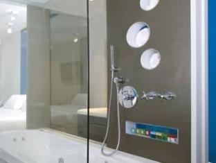 Be Hotel Buenos Aires - Bathroom