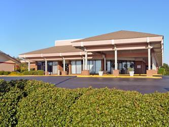 Travelodge Suites & Convention Center - Hotel and accommodation in Usa in Dublin (GA)