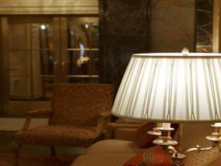 The Sherry Netherland Hotel New York (NY) - Lobby
