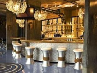 NYLO Hotel Warwick (RI) - Pub/Lounge