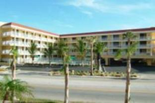 Pelican Pointe Suites Hotel