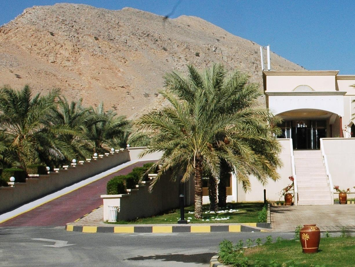 Golden Tulip Resort Dibba - Hotels and Accommodation in Oman, Middle East