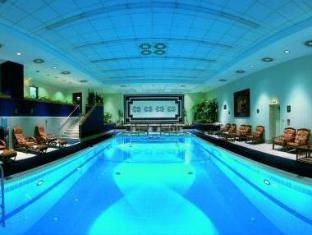 Warsaw Marriott Hotel Warsaw - Swimming pool