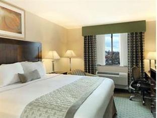 Ramada Queens New York (NY) - King Room
