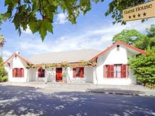 Gubas De Hoek meet eat sleep - South Africa Discount Hotels
