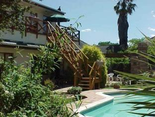 South Africa Hotel Accommodation Cheap | Steps leading to studios