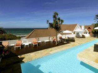 St James Manor Cape Town - Swimming Pool