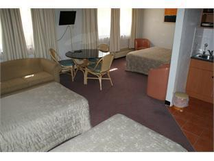 Belconnen Hotel - More photos