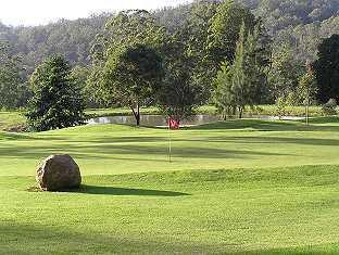 Sketches Mountain Resort Ravensbourne - Golf Course