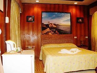Boracay Beach Chalets Hotel - More photos