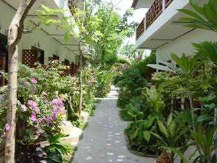 Ark-Bar Garden beach Resort Samui - Garden