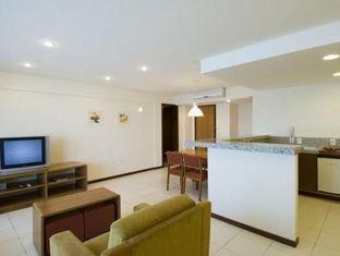 Golden Tulip Interatlantico Hotel Petropolis - Living Room