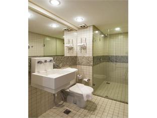 Golden Tulip Interatlantico Hotel Petropolis - Bathroom