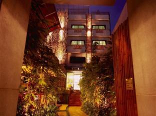 Bamboo House Phuket Hotel Phuket - Laluan Masuk