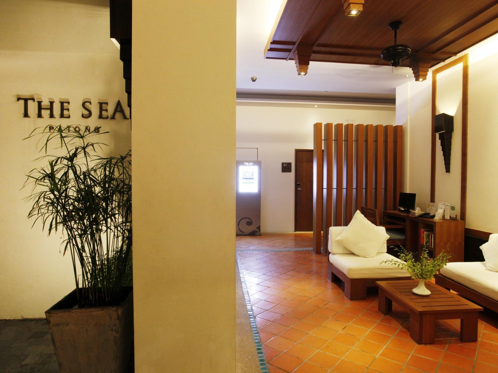Hotell The Sea Patong Hotel i , Phuket. Klicka för att läsa mer och skicka bokningsförfrågan