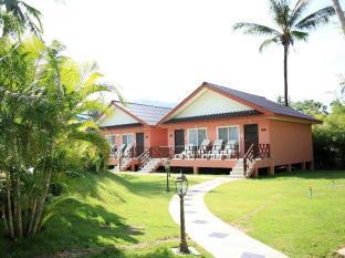 Andaman Seaside Resort بوكيت - حديقة
