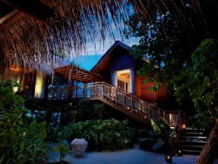 Shangri-La's Villingili Resort & Spa Maldives Islands - Tree House Villa at Dusk