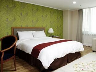Eastgate Tower Hotel - Room type photo