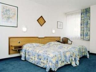 Saint Andre Hotel Annemasse - Guest Room