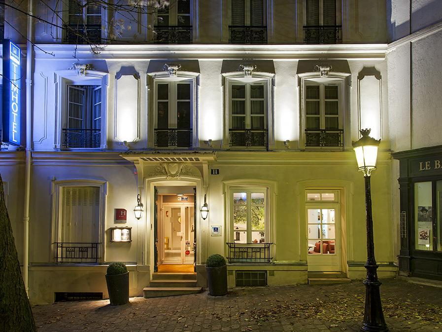 Timhotel Montmartre - Hotell och Boende i Frankrike i Europa