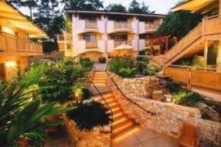 Tradewinds Carmel Hotel