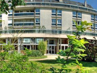 Best Western Hotel Du Parc Chantilly - Exterior