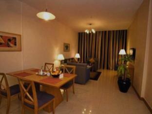 Star Metro Al Barsha Hotel Apartments Dubai - Family Room