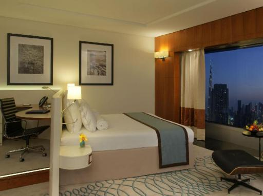 Jumeirah Emirates Towers Hotel hotel accepts paypal in Dubai