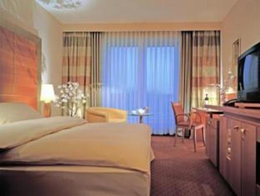 ➦  Starwood Hotels & Resorts Worldwide    (North Rhine-Westphalia) customer rating
