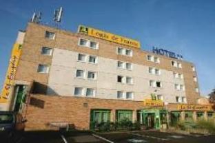 Logis Le Saint Exupery Hotel