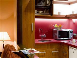 Suites Gran Via 44 Granada - Suites Kitchenette
