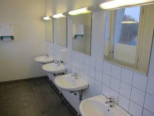 Stadion Hostel Helsinki - Bathroom
