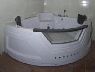 Pension U Staryho Dubu Hotel Jindrichuv Hradec - Hot Tub