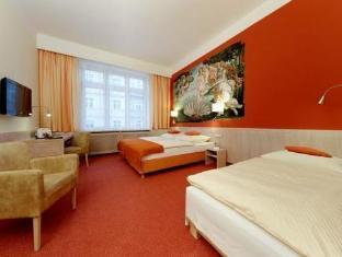 Adria Am Englischen Garten Hotel